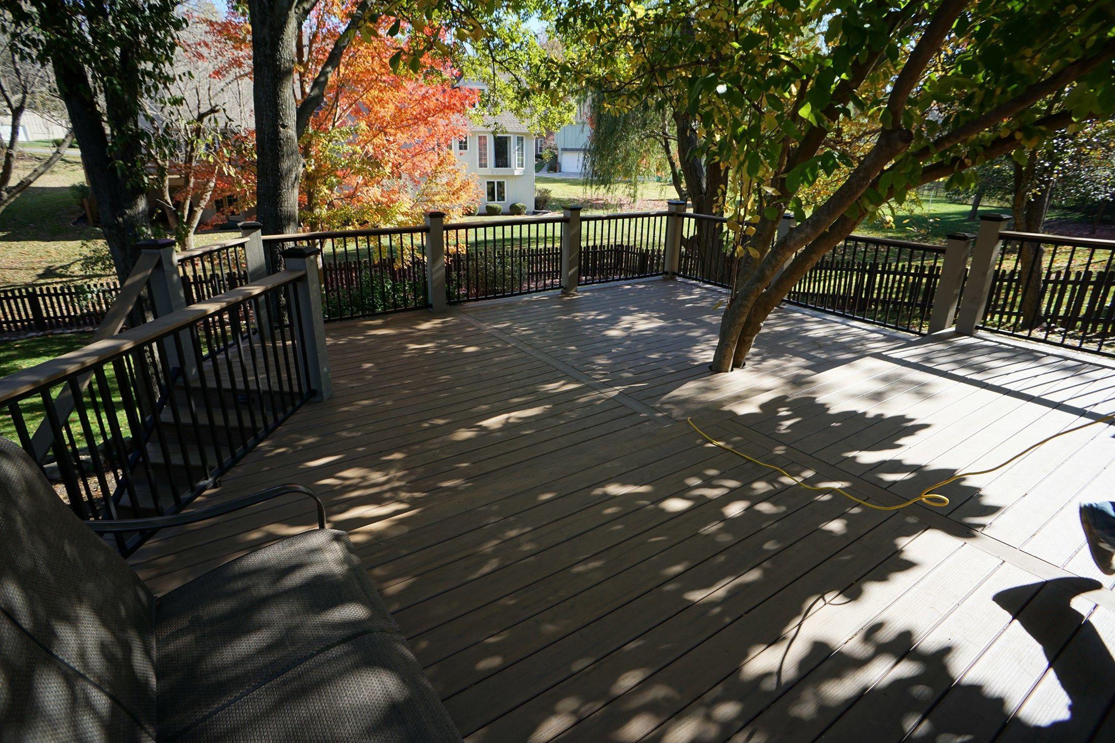 Composite Deck - Picture 5194