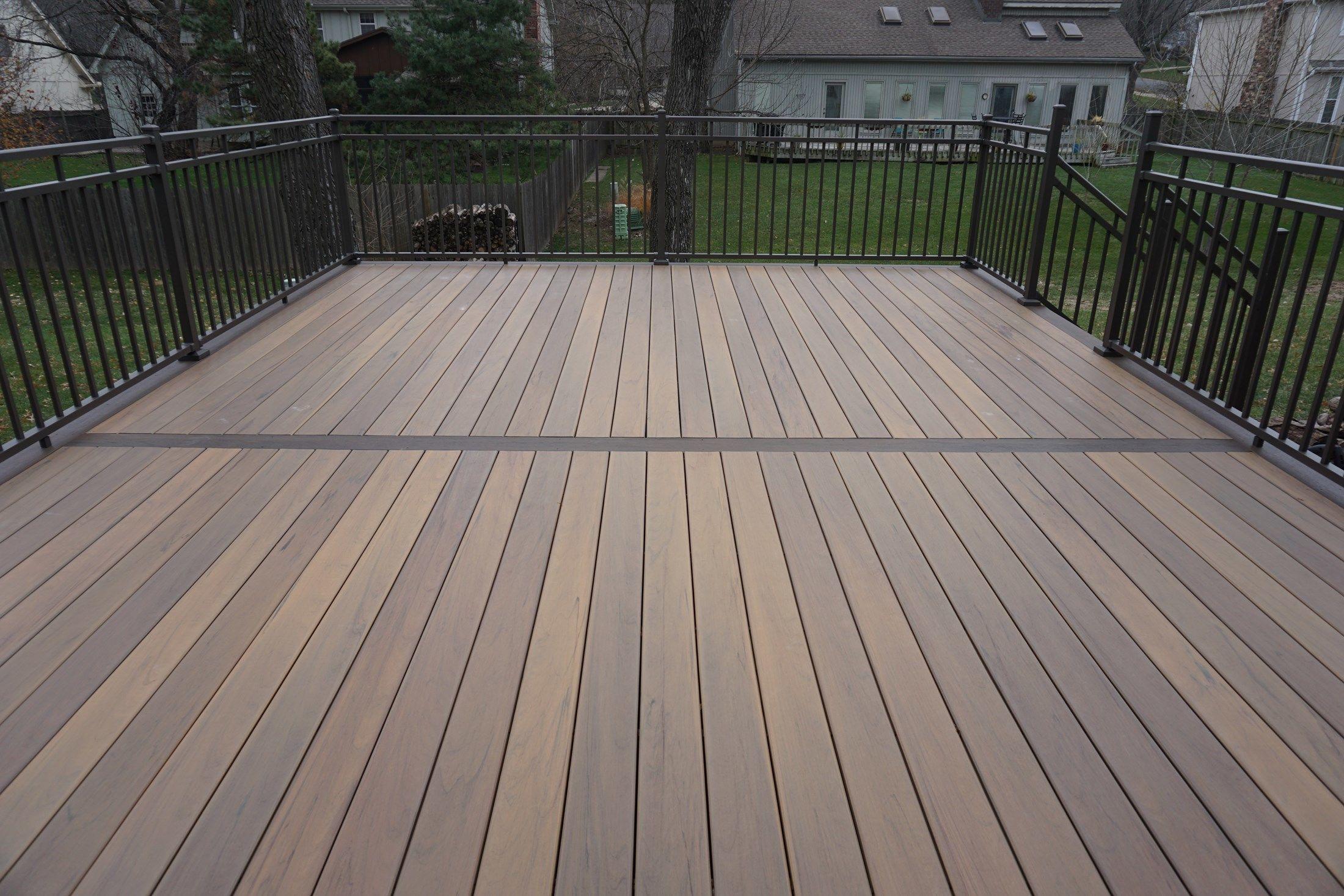 Composite Deck - Picture 5224