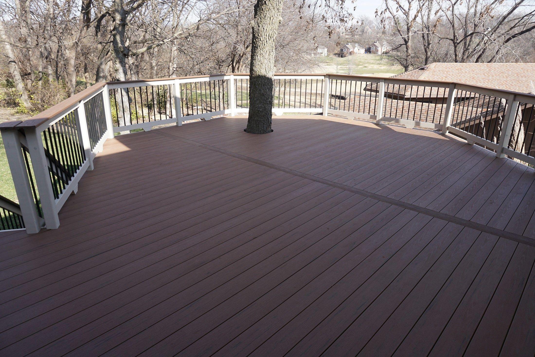 Composite Deck - Picture 5229