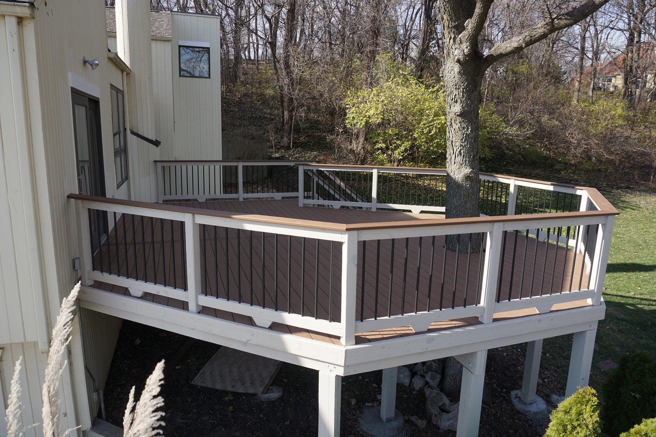 Composite Deck - Picture 5232