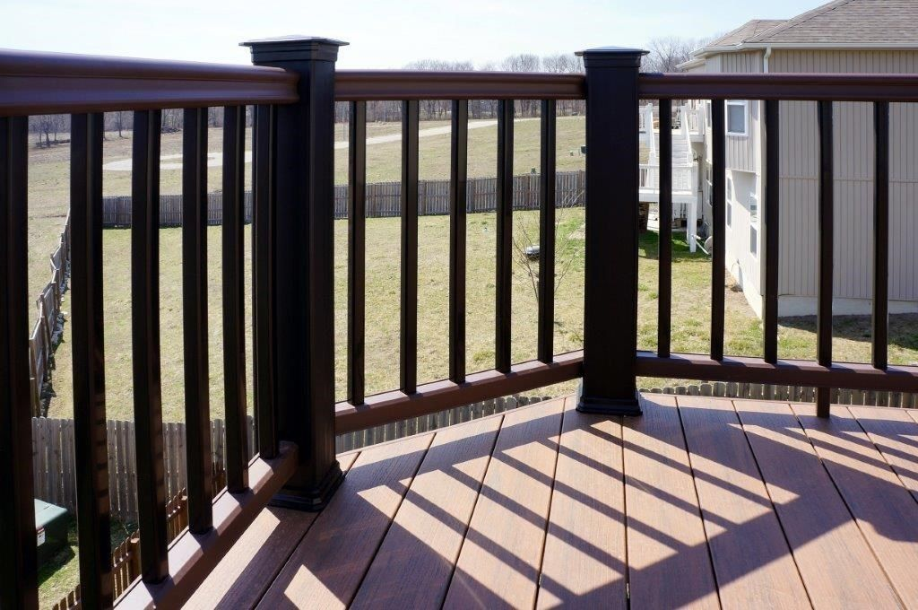 Composite Deck - Picture 5270