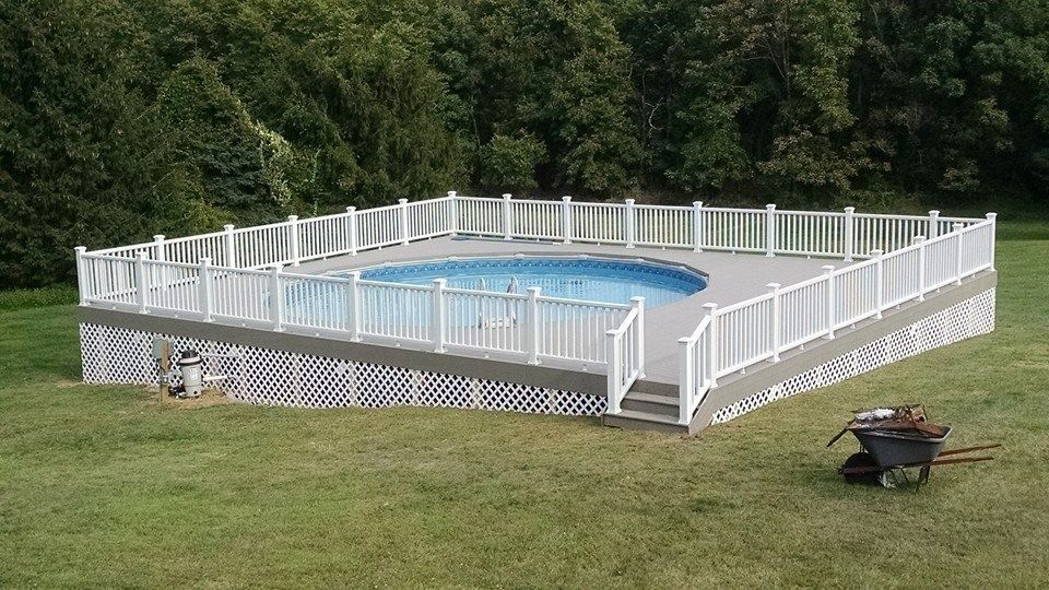 Pool Deck - Picture 6078