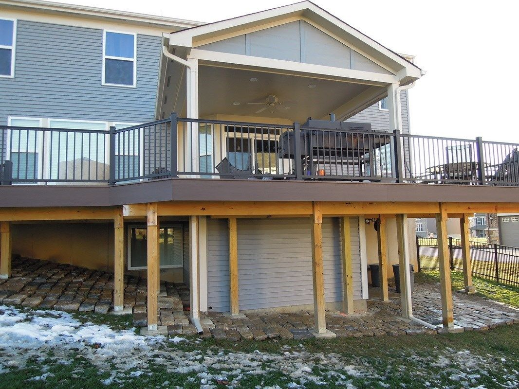 Renner Covered Deck - Picture 6099