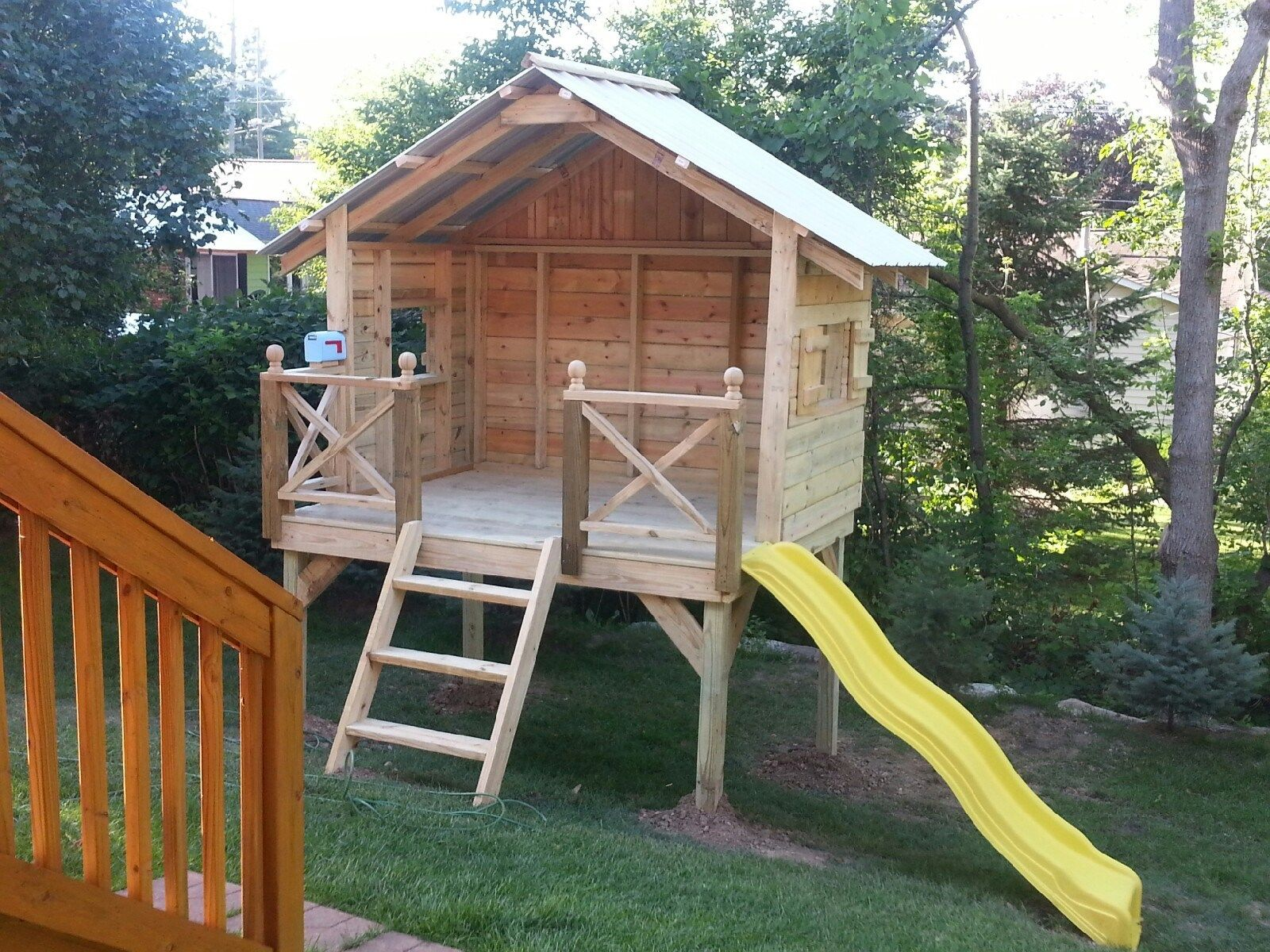 Children's Playhouse - Picture 6132