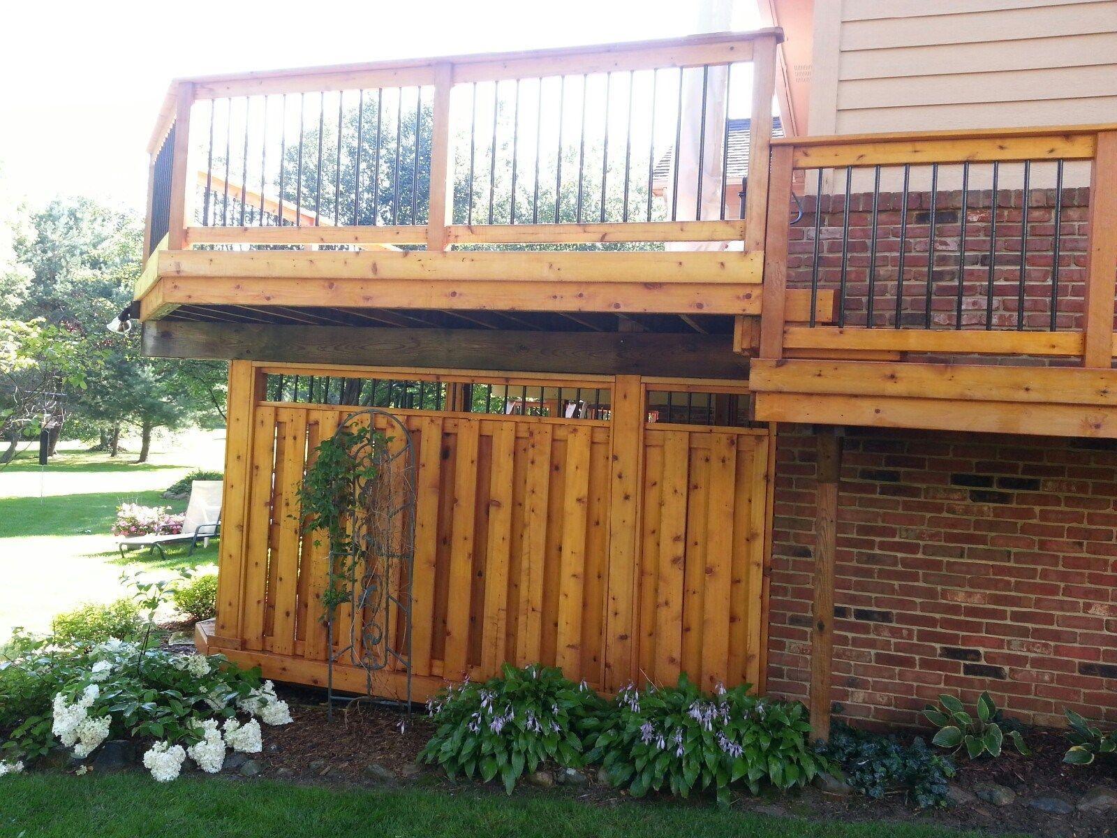 Cedar Deck - Picture 6148