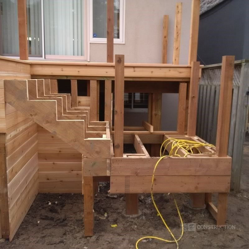Custom Cedar Deck - Picture 6325
