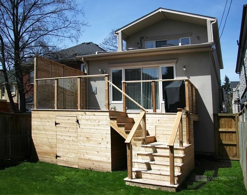 Custom Cedar Deck - Picture 6337