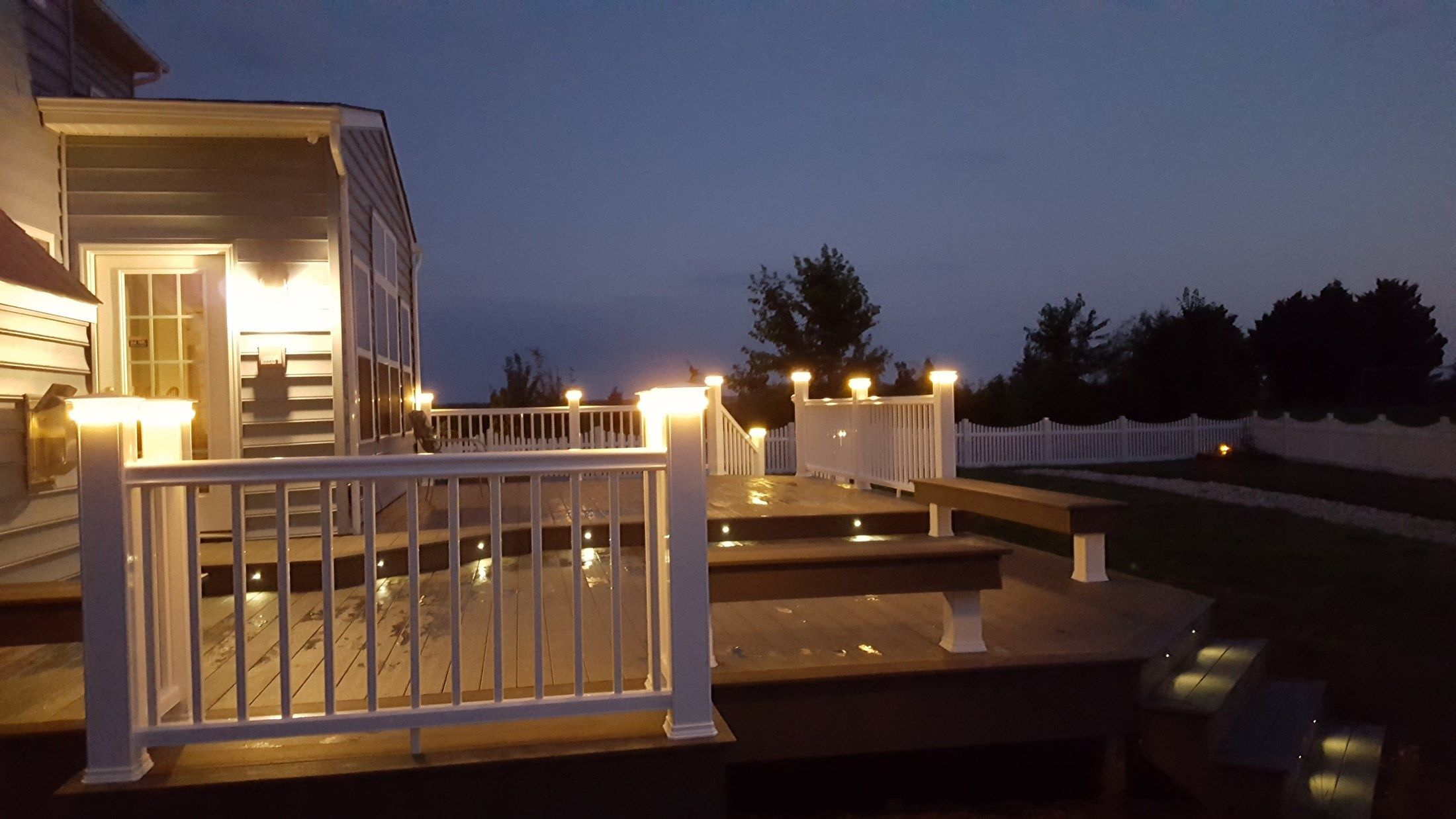 Timbertech Deck-Lighting & Benches - Picture 6508