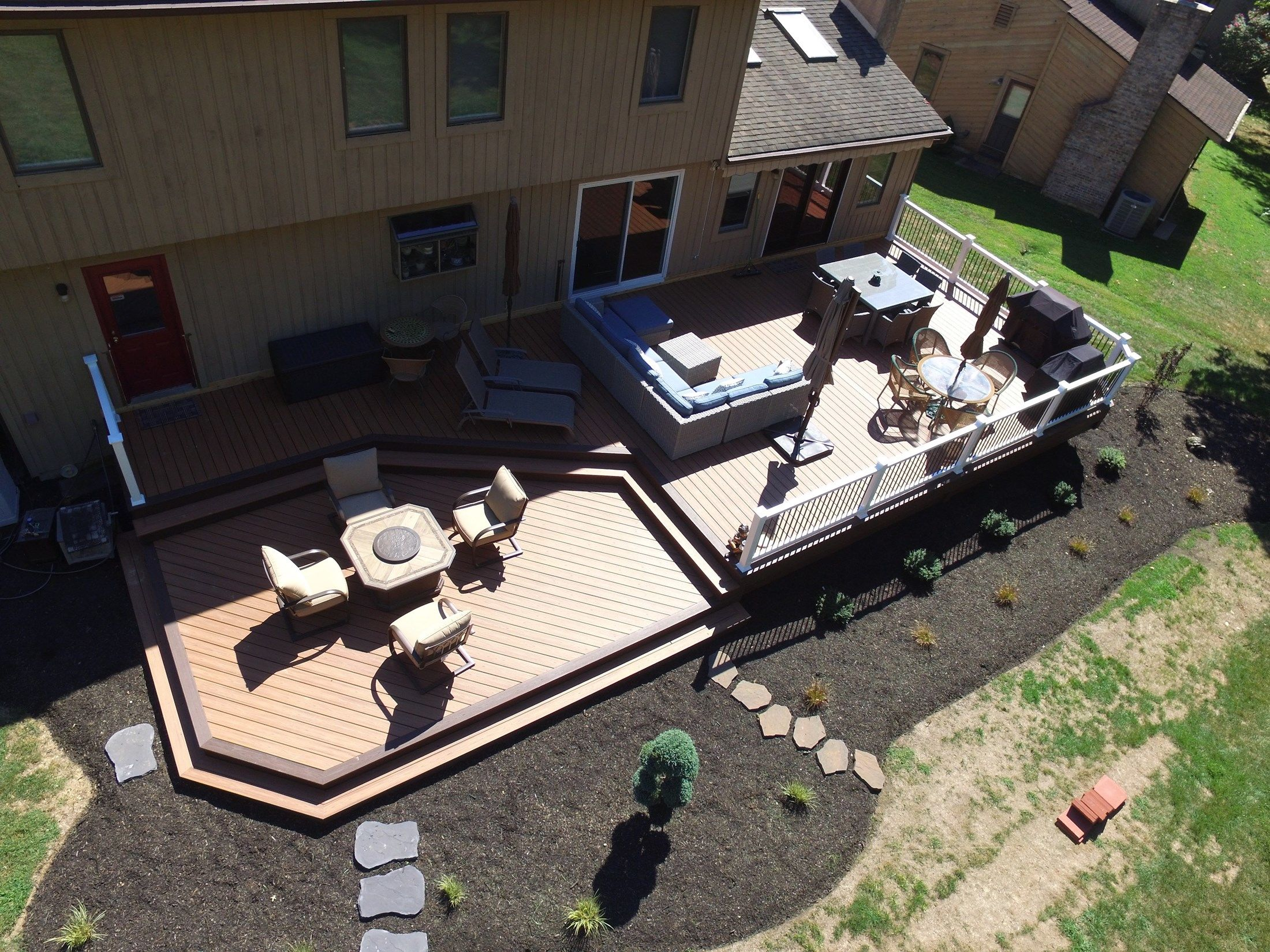 Composite Deck-1,100 square feet - Picture 6509