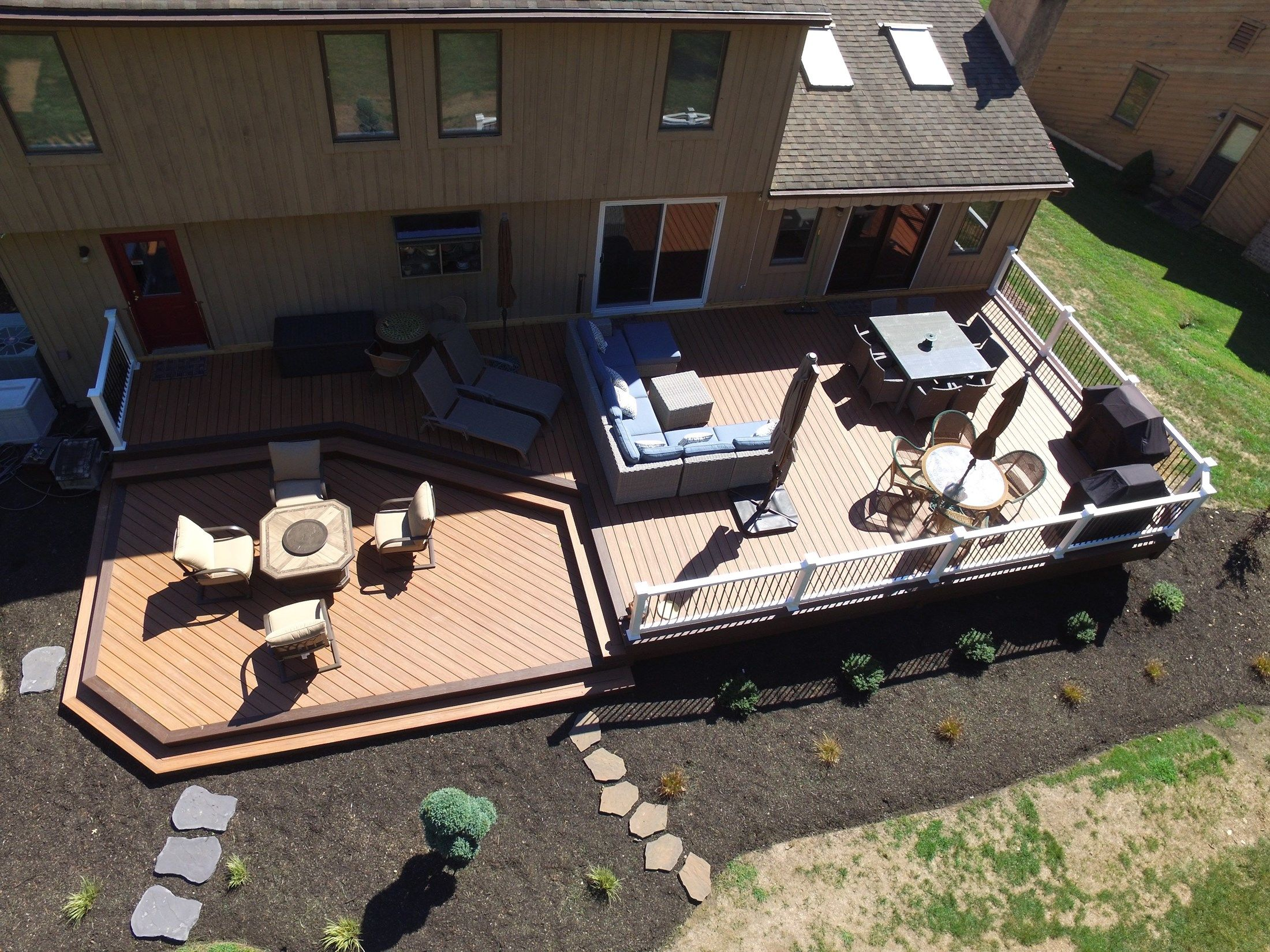 Composite Deck-1,100 square feet - Picture 6511