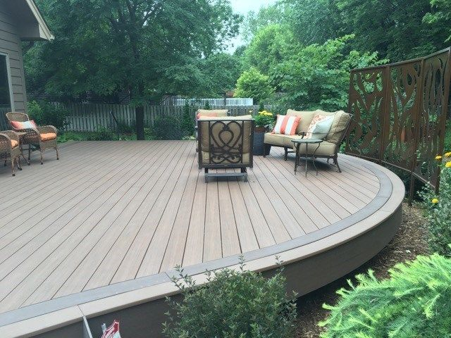 Curved Deck - Picture 6529
