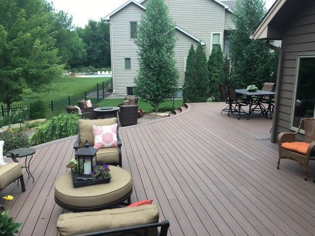 Curved Deck - Picture 6531