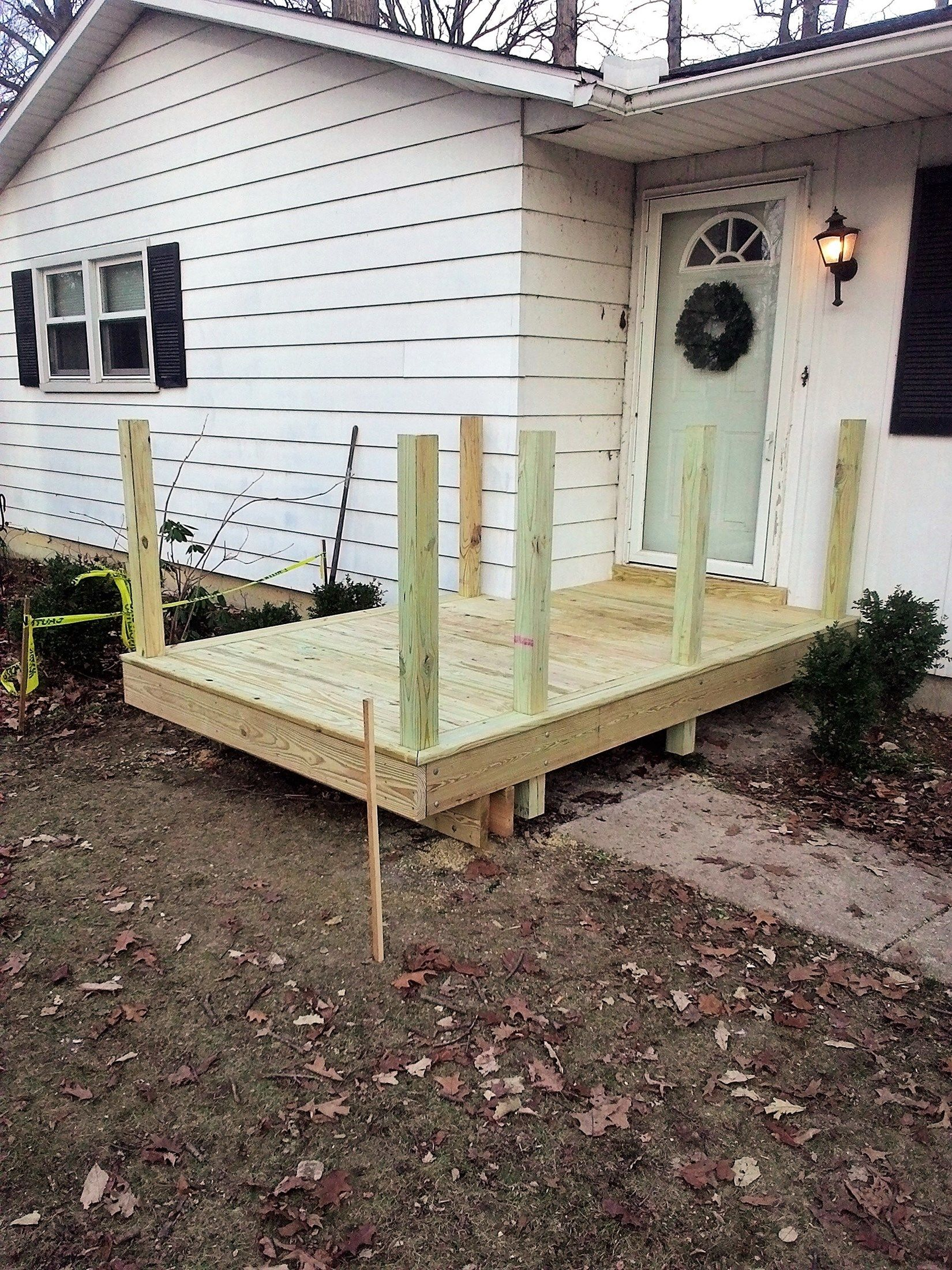 10 x 10 Front Porch Deck - Picture 6563