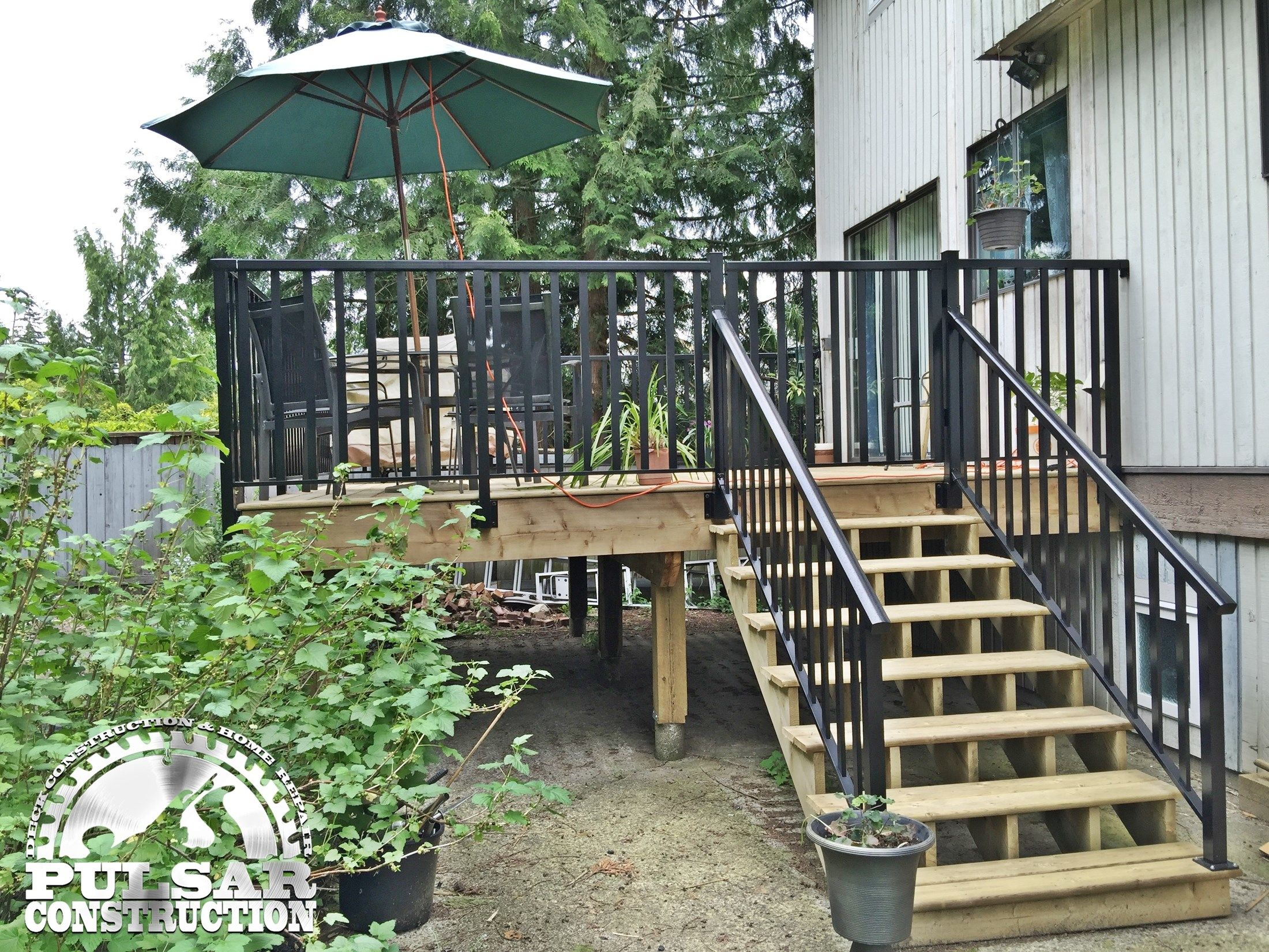 Backyard Deck Coquitlam - Picture 6631