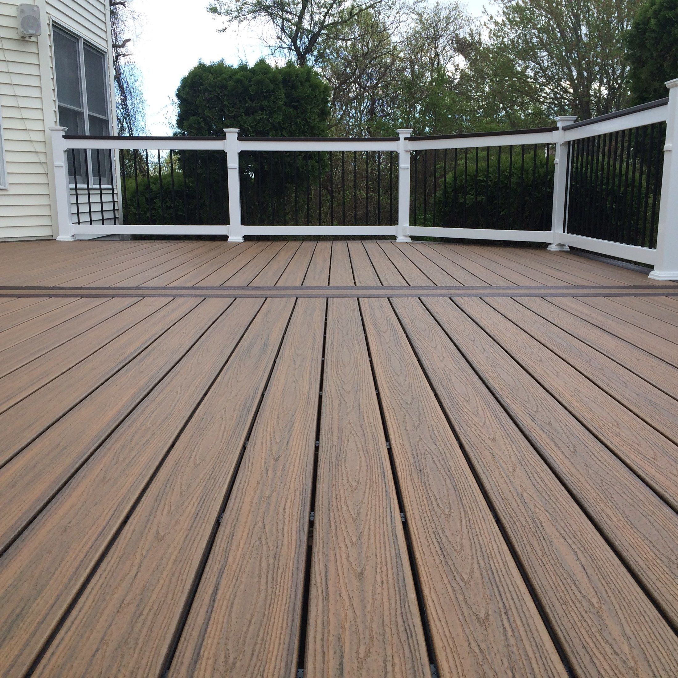 Custom deck in Millstone N.J. - Picture 6713