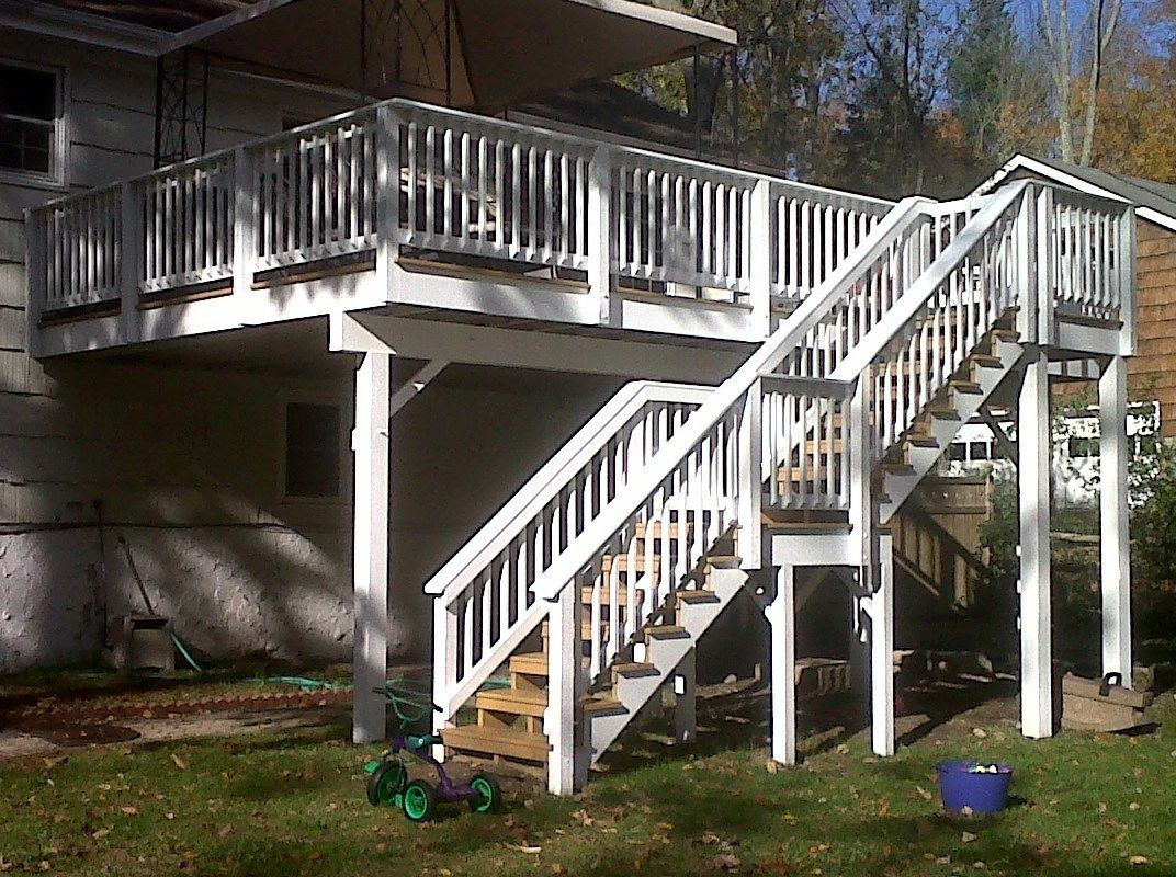 Marcs Deck - Picture 6867