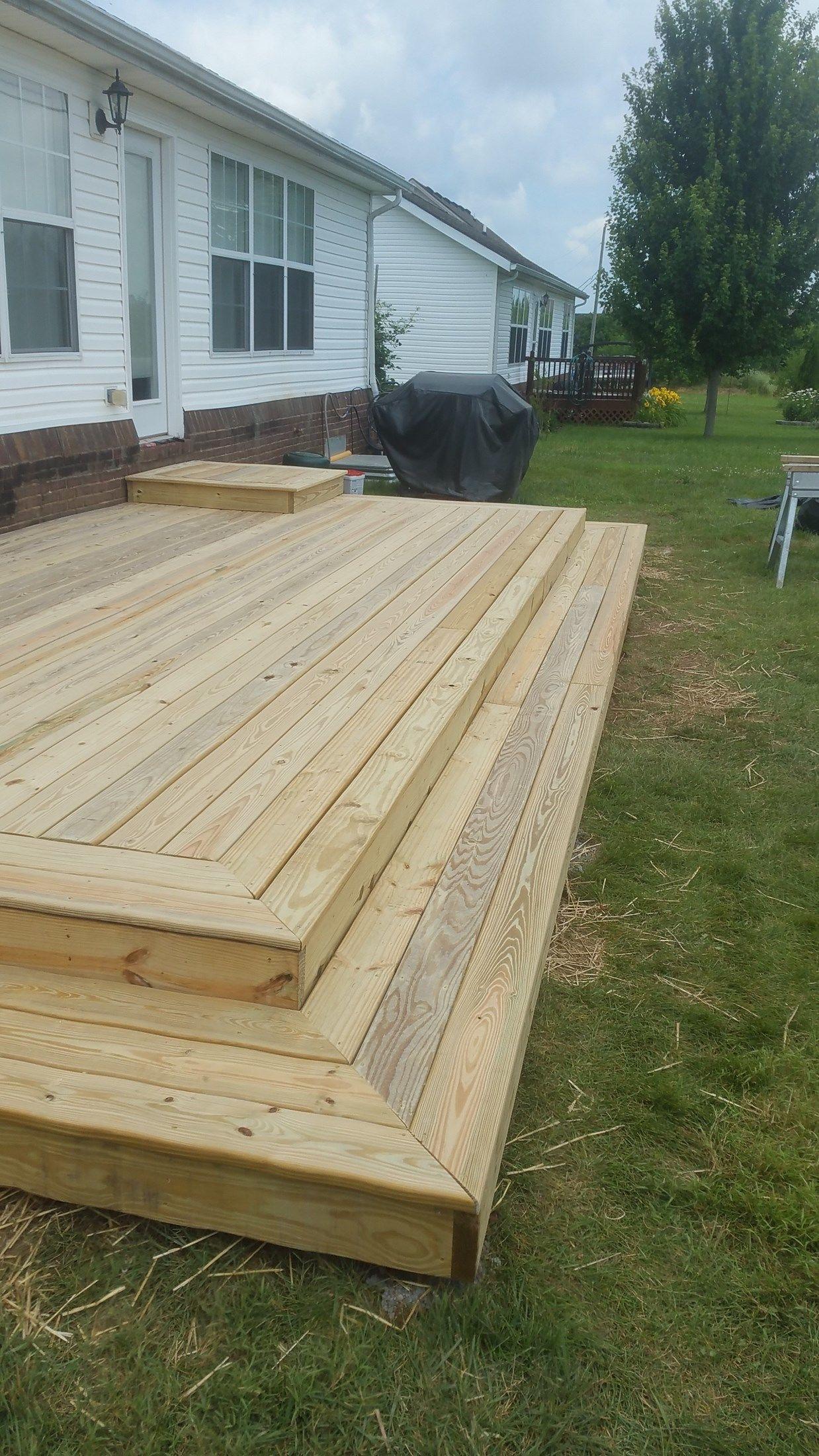 Back Yard Platform Deck - Picture 7045