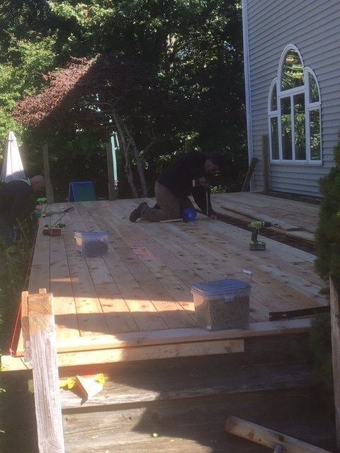 Cedar Deck with All White Trim - Picture 7097