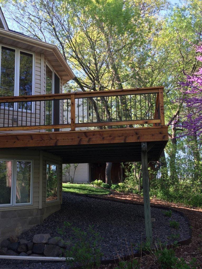 Cedar Deck - Picture 7131