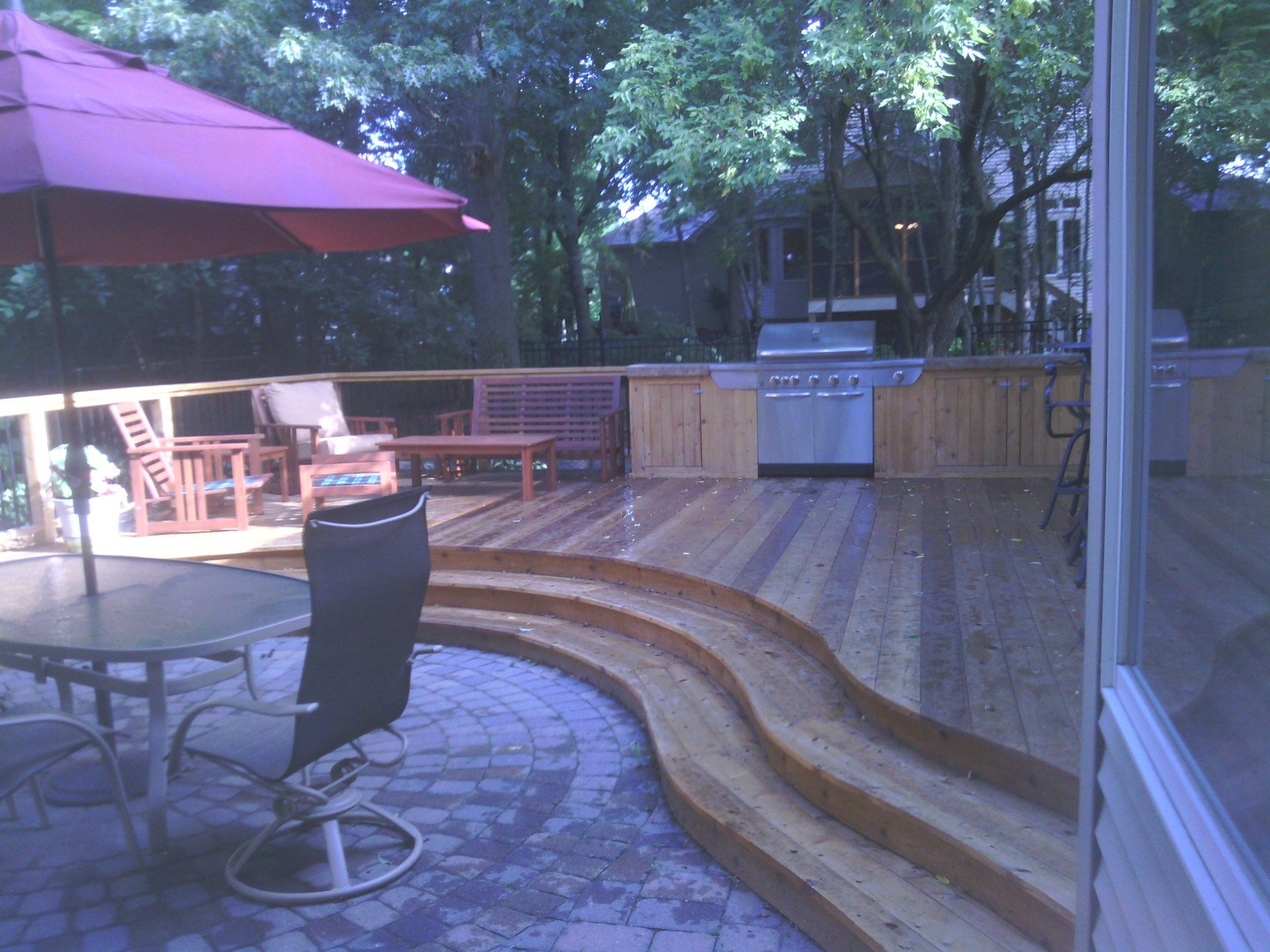 Curved deck and 4 season porch. - Picture 7146