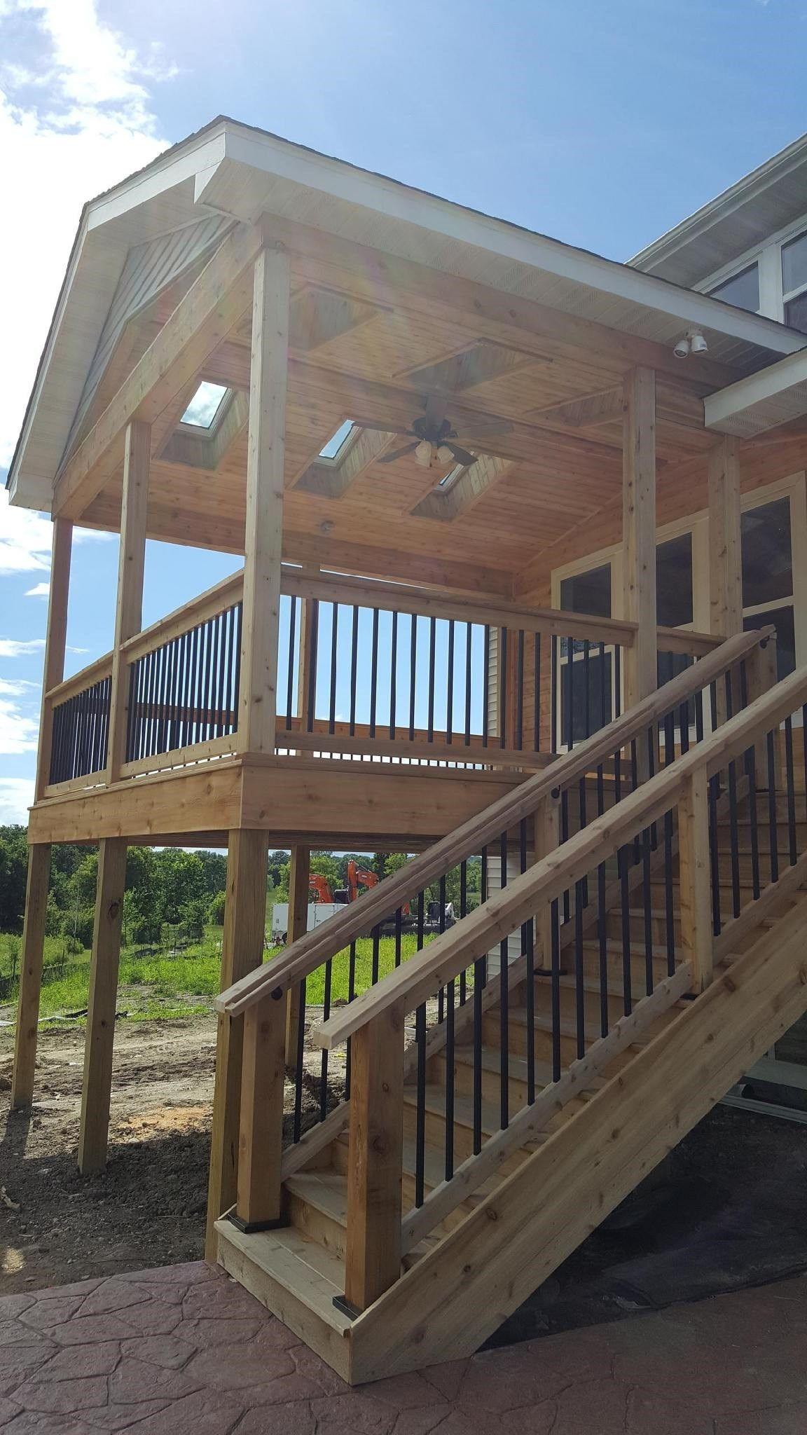 Open Air Cedar Porch - Picture 7293