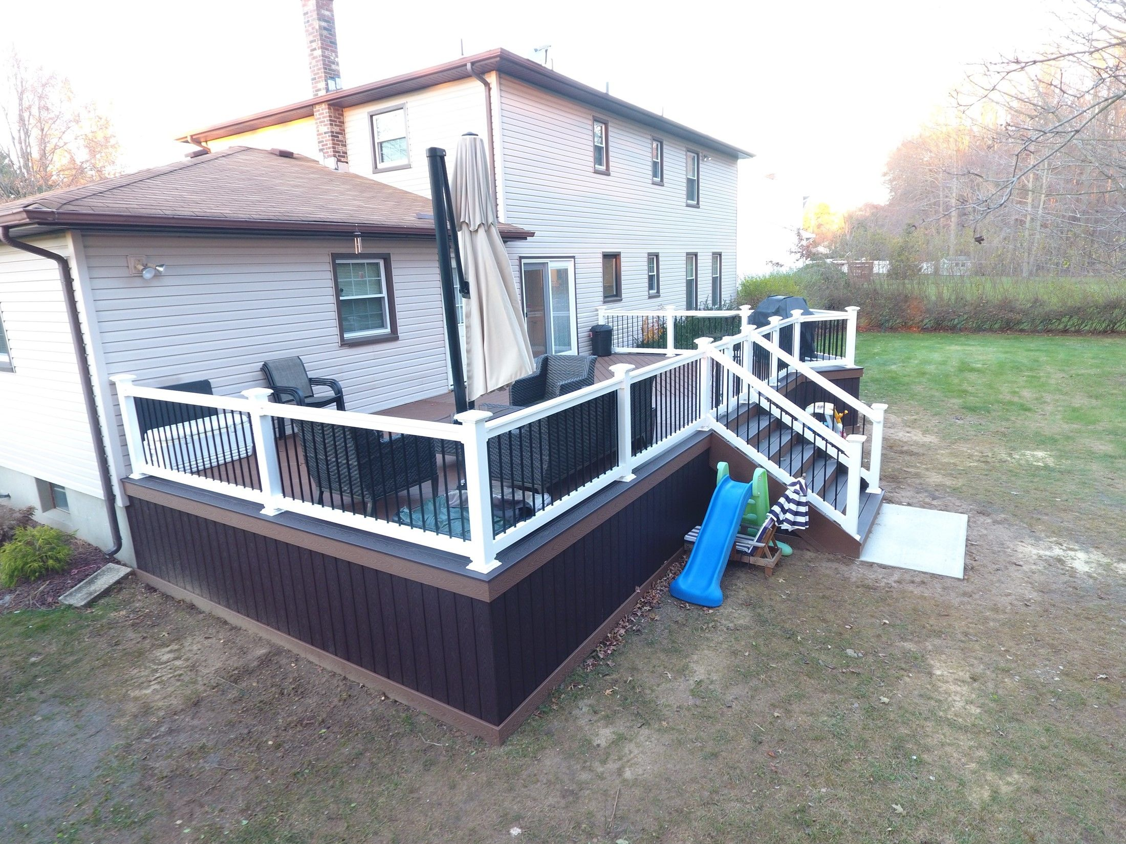 Who said rectangular decks don't look fancy? :) - Picture 7548
