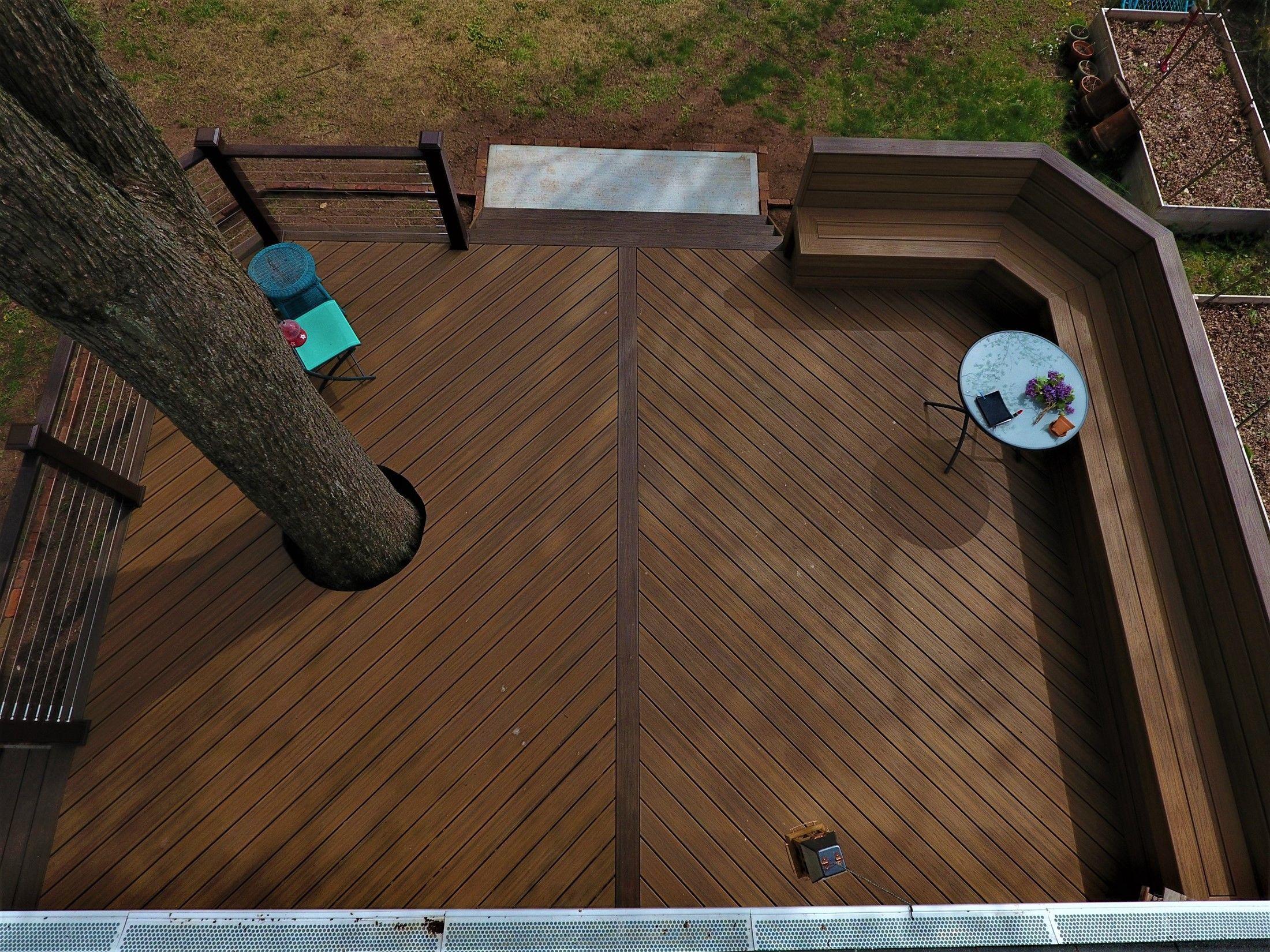 Around The Tree Deck V Shape Floor Amp Custom Bench