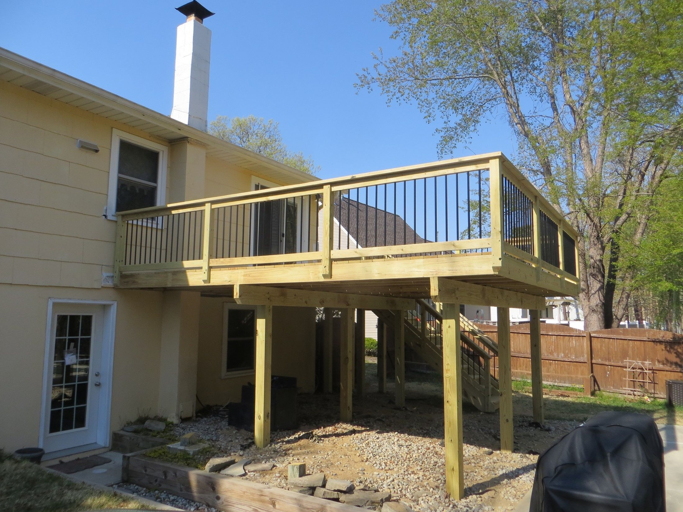 MANAHAWKIN TREATED DECK - Picture 7586