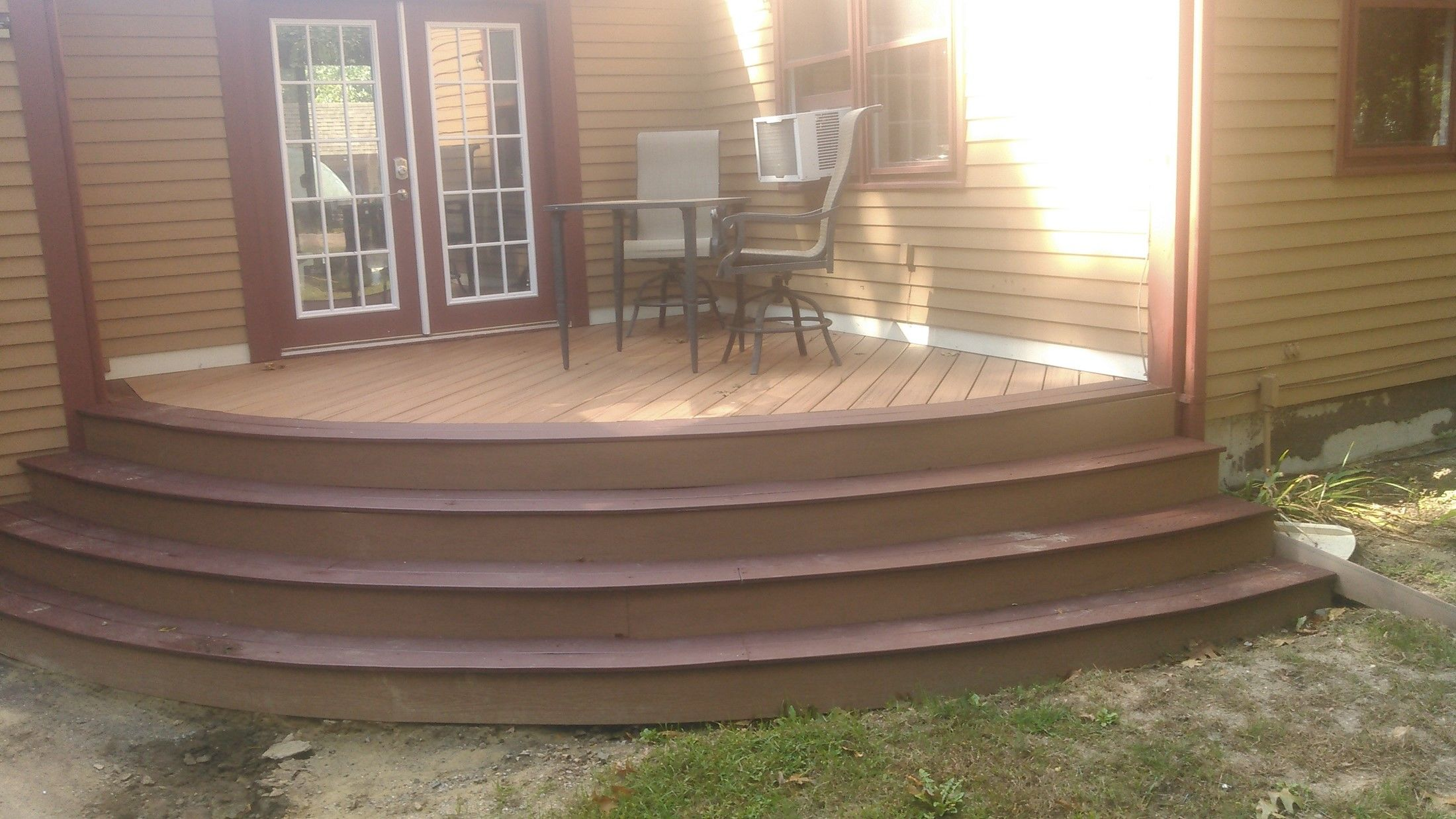 Trex Custom Curve Deck - Picture 7688