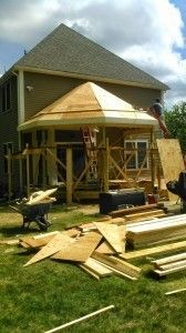 Octagon shaped screened porch - Picture 7819