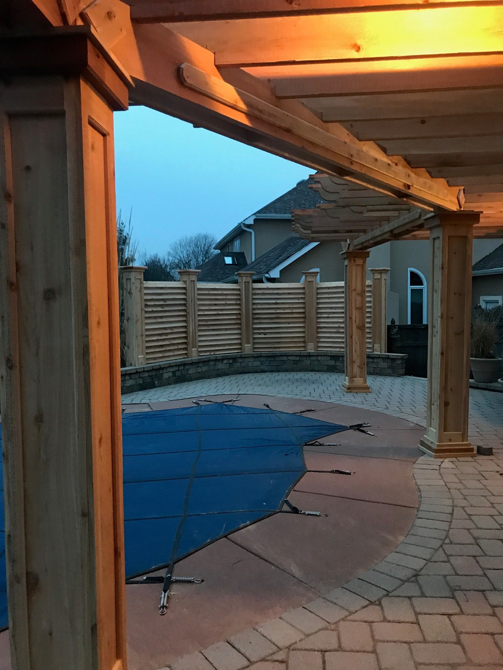 CURVED FENCE & PERGOLA PROJECT - Picture 7838