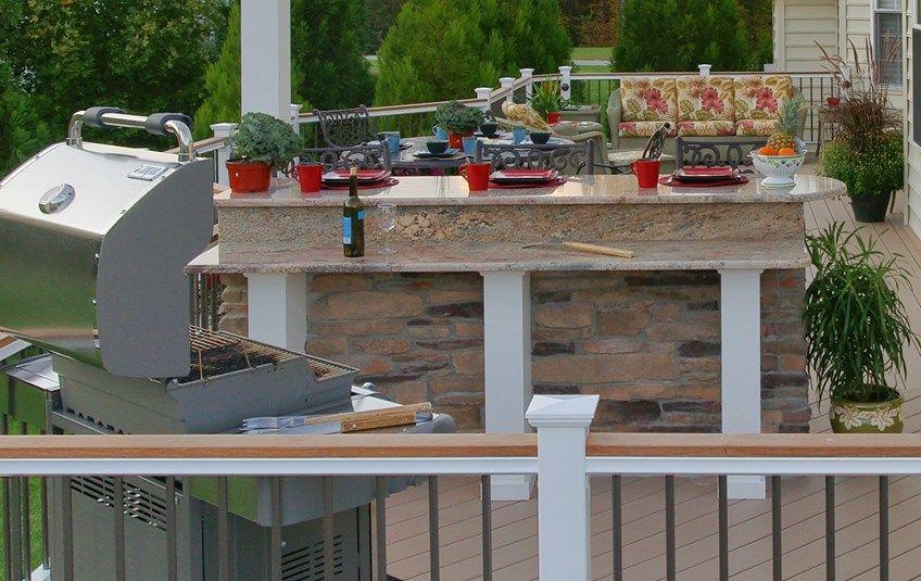 Owings Azek deck - Picture 1387