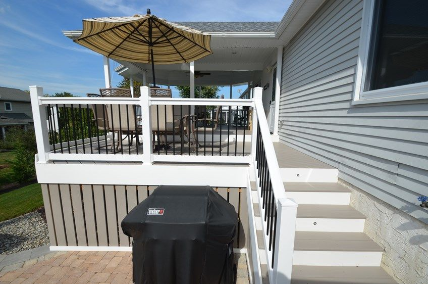 Custom Deck with Roof - Picture 1783