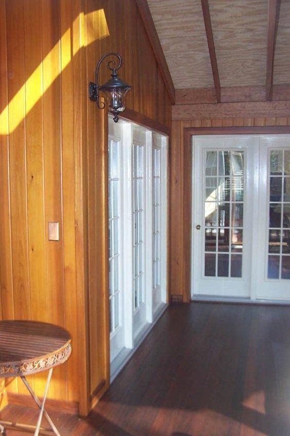 Porch - Picture 2075