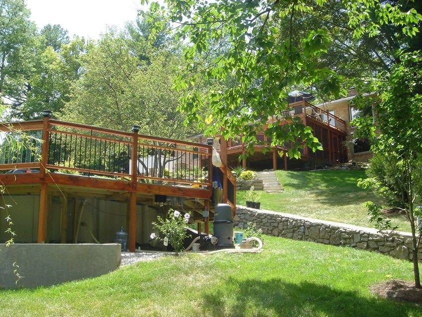 A Grand Backyard - Picture 3295