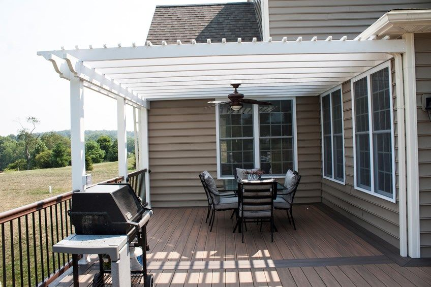 Deck with Fire Pit & Pergola - Picture 3528