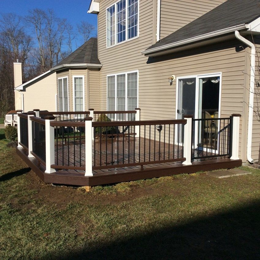 Custom Deck in Marlboro N.J. - Picture 3537