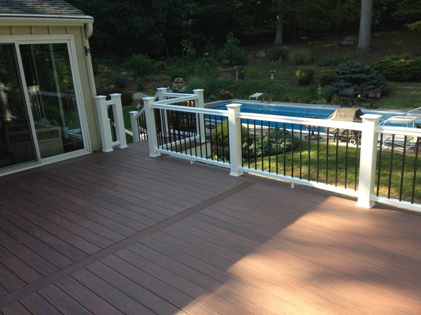 Composite Deck - Picture 3800