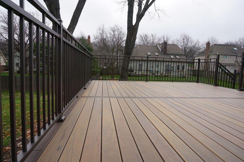Composite Deck - Picture 5227