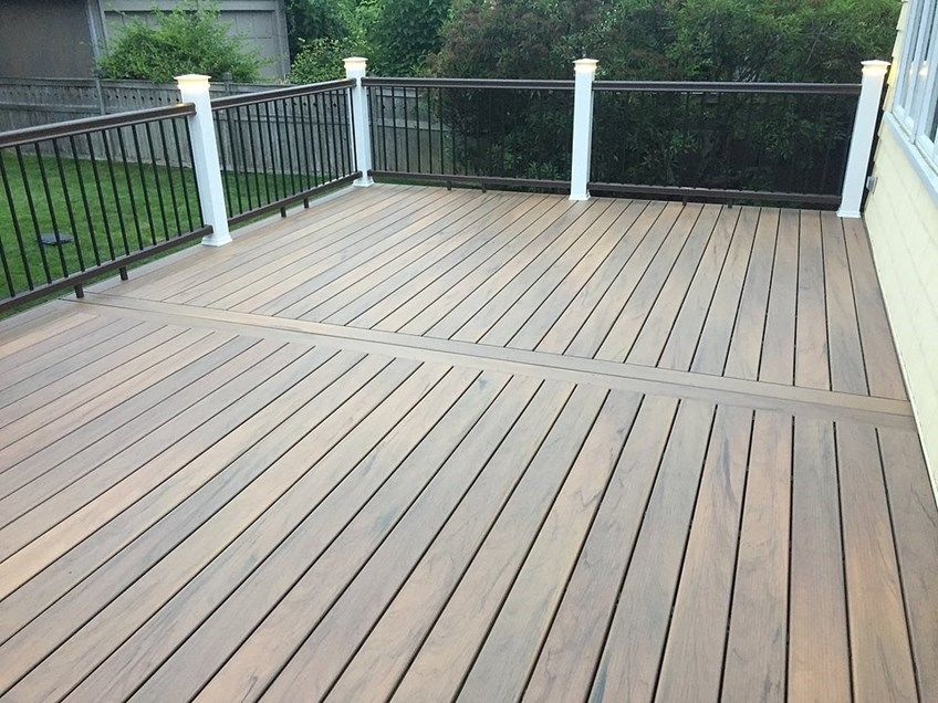 4th St Deck - Picture 7038