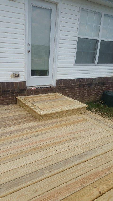 Back Yard Platform Deck - Picture 7043