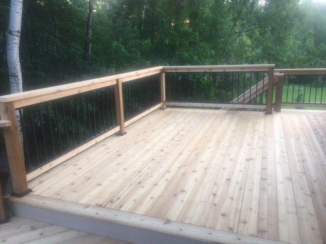 Cedar deck with aluminum baluster railings. - Picture 7214