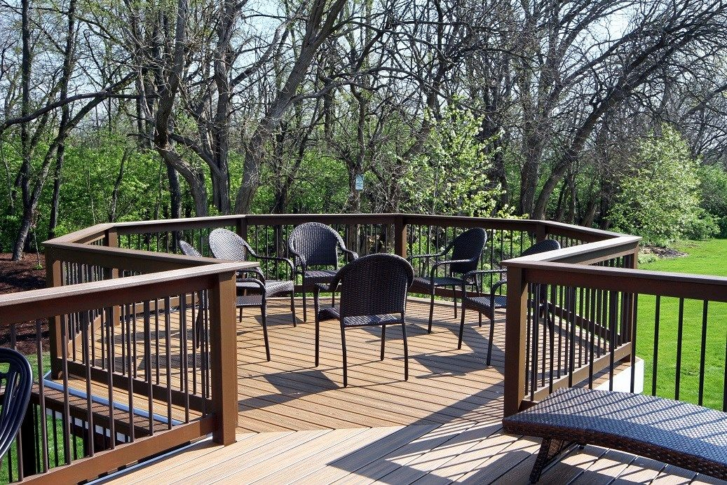 Westmont il deck builders decks unlimited for Builders unlimited