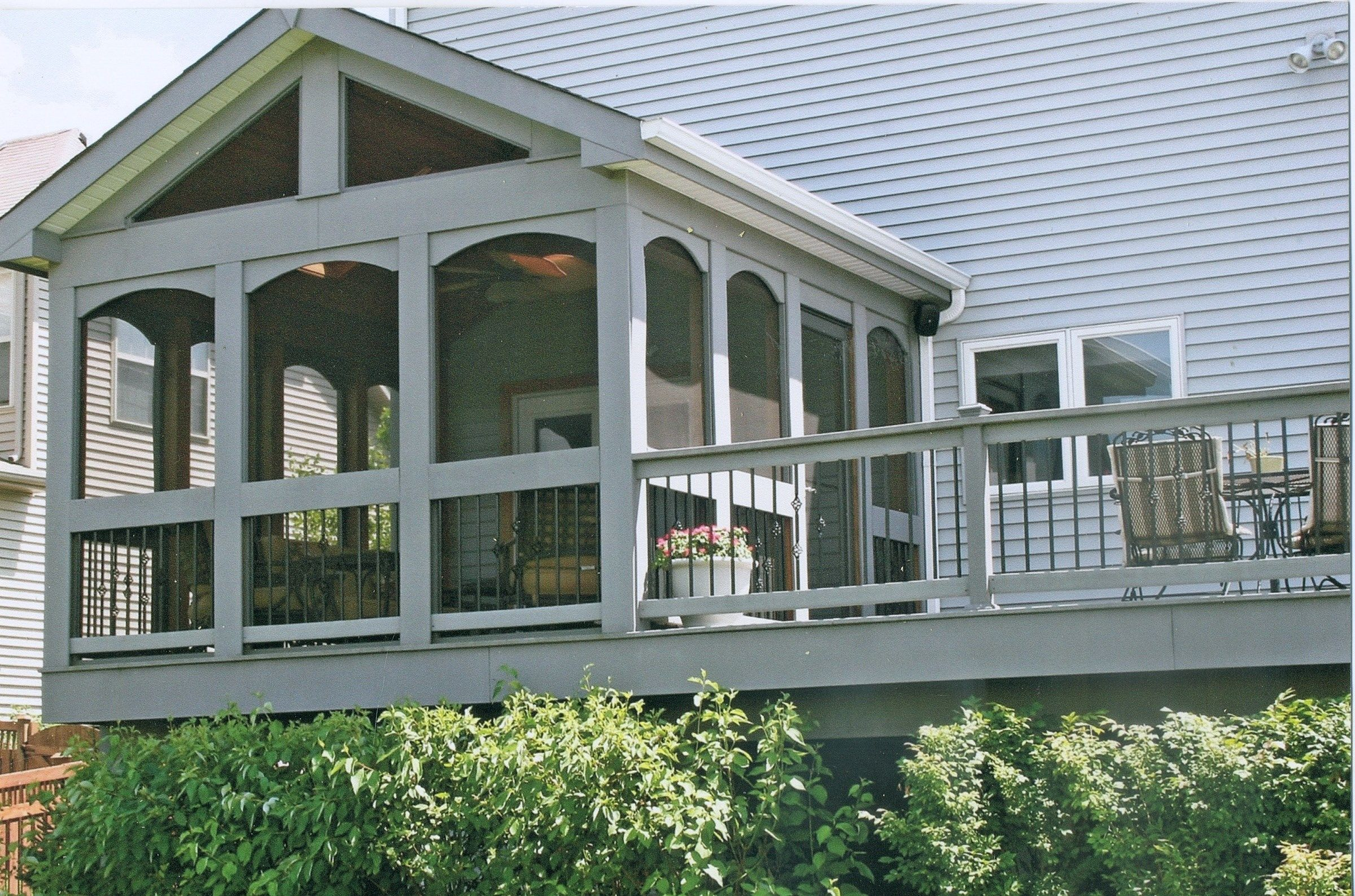 Westmont il deck builder pictures decks for Builders unlimited